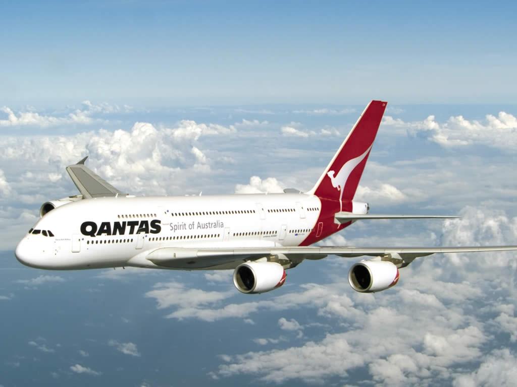 qantas plan in flight
